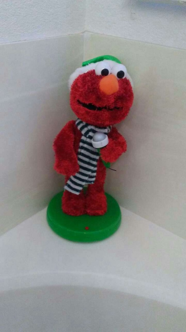 193ed456a62 Used RARE GEMMY SINGING CHRISTMAS ELMO SINGS AND DANCES for sale in  Avondale - letgo