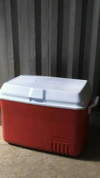 Rubbermaid Large cooler Sterling, 20166