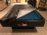 Pool table w cover and sticks Bensville, 20603