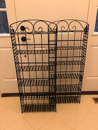 2 Brand New gorgeous Bakers racks ! Never used. 20 km