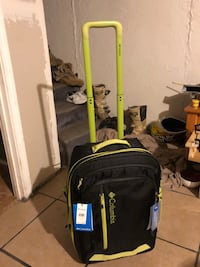 Columbia YAHARA Rolling Expandable Suitcase really nice I was keeping the tags on it I went to use it two months ago and I got the same one but a little smaller that I use a lot they are the best I've ever bought I would keep this one but I need money for