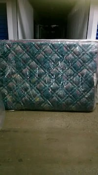 Queen size mattress and box spring quilted Floral  49 km