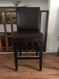 black leather padded armless chair Coquitlam, V3E