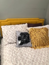 BRAND NEW Full Size yellow Wayfair Indianapolis Upholstered Bed! Boston, 02127