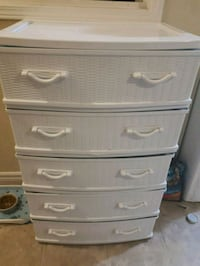 5 big drawers  .  your all of them$ Oakville, L6M 3L9