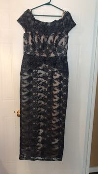 Gray and skin tone size 14 dress great for weddings and formal occasions from Laura worn once Toronto, M9V