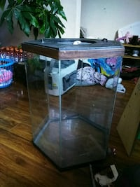 black framed clear glass fish tank New Port Richey, 34653