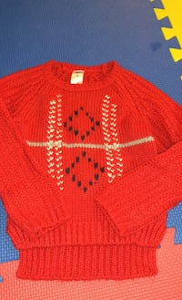 Knitted sweater 2t Vancouver, V5M 2B3