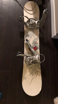 Firefly pac progressive snowboard with bindings Calgary, T2Y 3T1