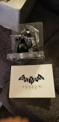 Arkham City Batman statue 2235 mi