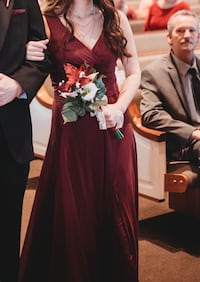 Size 0 Unaltered Wine Red Bridesmaids/Formal Dress Winchester, 22602