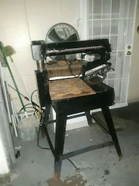 black and brown treadle sewing machine Sacramento, 95838
