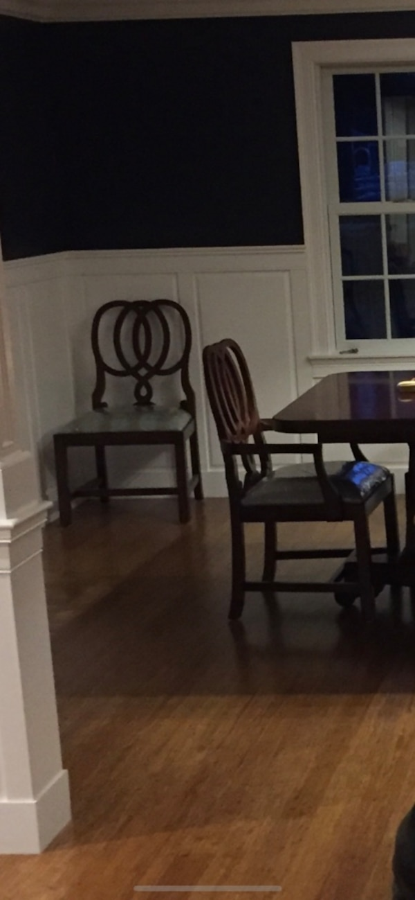Terrific Free Dining Table With Purchase Of Chairs Perfect Condition 8 Ravenscleft Irish Back Dining Chairs Gamerscity Chair Design For Home Gamerscityorg
