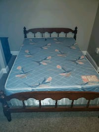 white and blue floral bed mattress Abbeville, 70510
