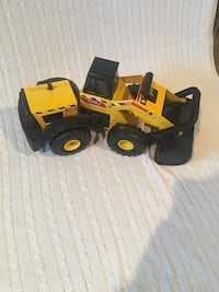 yellow and black payloader plastic toy Clarksburg, 26301