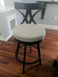 Swivel Bar Stool Livingston, 07039