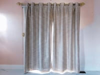 Elegant beige rod set and curtains with hanger Vaughan, L4K 5W4