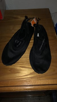 men water shoes size 13 Moreno Valley, 92553