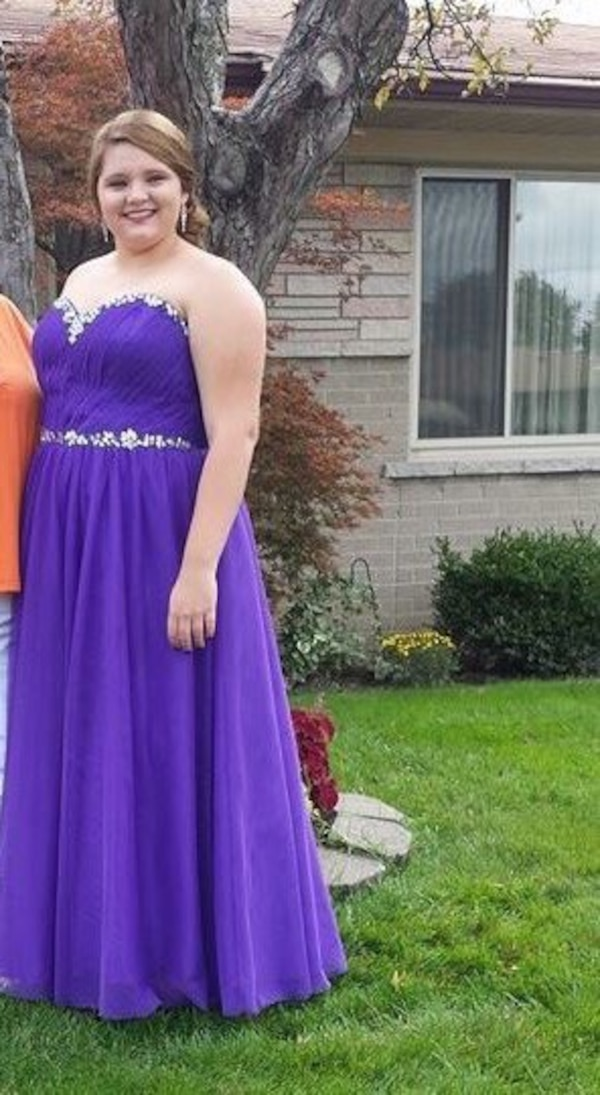ea89de3c002b5 Used Size 20 strapless purple prom dress for sale in Roseville - letgo