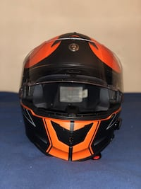 Full face helmet (L) Bluetooth  25 mi