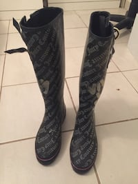 Juicy couture boots size 8 Port Coquitlam, V3B 8G7
