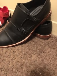Pair of black leather dress shoes like new worn twice Barrie, L4N 1G6