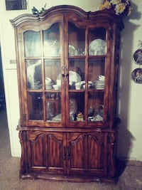 brown wooden china cabinet Bakersfield, 93301