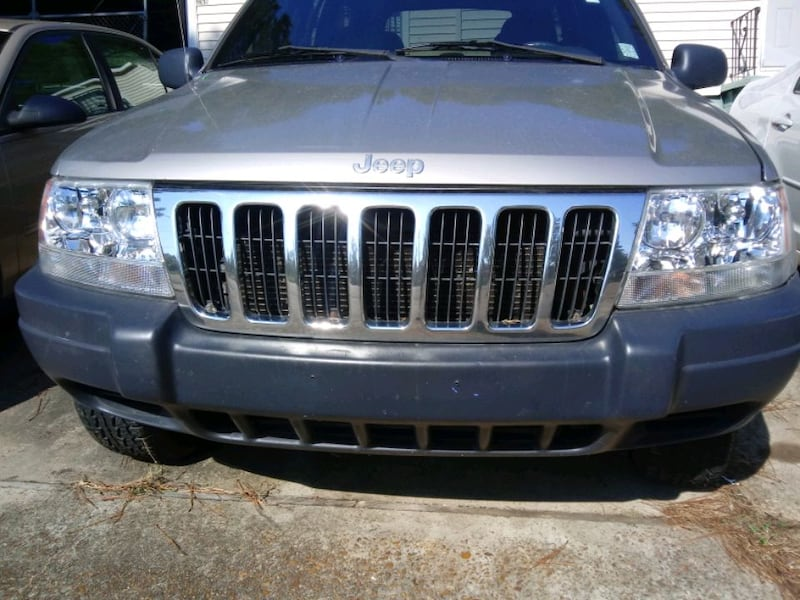 2000 Jeep Grand Cherokee ( excellent condition) 1