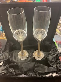 Things Remembered Champagne Flutes  Newburgh, 12550