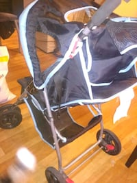 baby's black and gray jogging stroller Longueuil, J4H 2G5