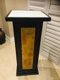 40 inches hight two marble top pillar. Both in $ 150. Solid made.