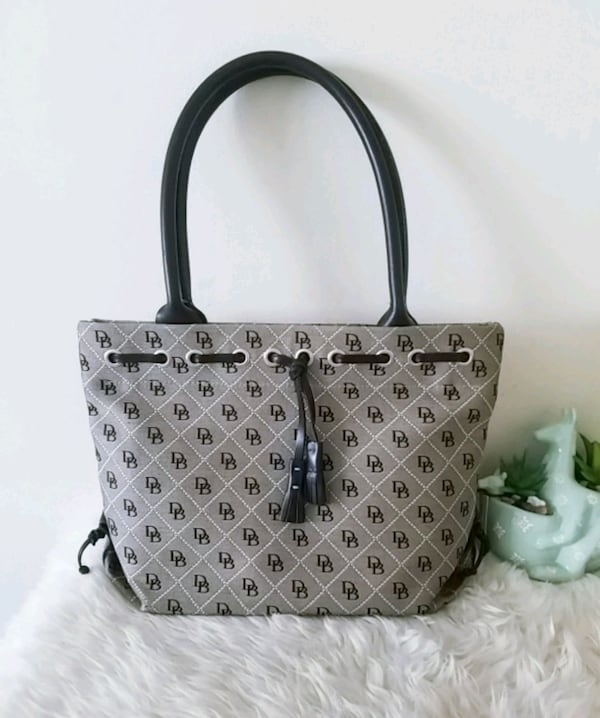 Dooney & bourke purse signature tote bag 006fedaf-9849-43f7-ba36-382b15a6ca36