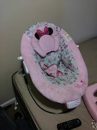 baby's pink and gray Minnie Mouse bouncer Woodbridge, 22191