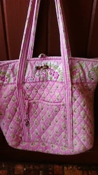 pink and white floral tote bag Fayetteville, 37334