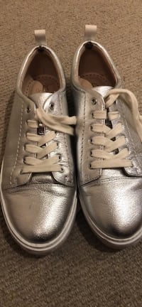 Pair of silver Clark's leather  low-top sneakers Salford, M7 4WP