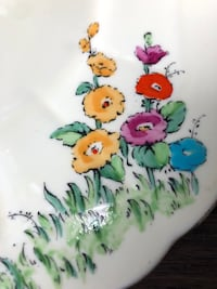 """CROWN STAFFORDSHIRE 10-1/4"""" HANDLED CAKE PLATE, HANDPAINTED HOLLYHOCK Mississauga, L5A 4A4"""