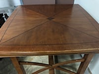 Counter height dining/kitchen table 585 mi