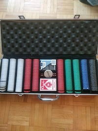 Poker set, in good condition Toronto, M5R 1B1