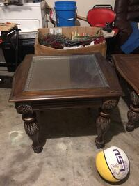 Coffee table and end table  Lewisville, 75077