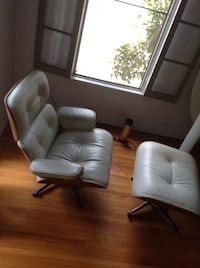 Eames style Chair and Ottoman Los Angeles, 90036