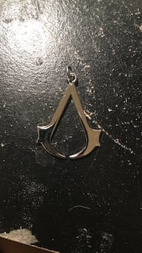 Assassins Creed Charm Tuscola, 79562
