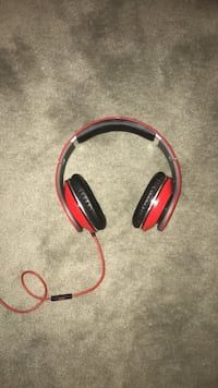 Beats by Dre headphones. Brand new condition  Londonderry, 03053