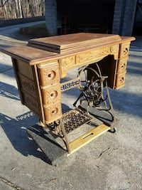 Antique Singer Sewing Machine Raleigh, 27613
