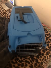 Blue and black pet carrier Hyattsville, 20782