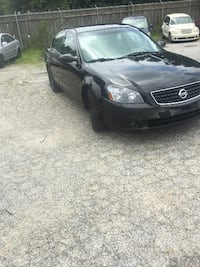 2005 Black Nissan for sale! null