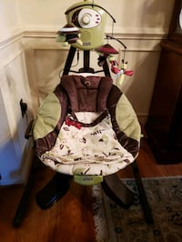 Lightly used baby carrier Germantown, 20874
