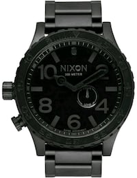 round black chronograph watch with black strap 3727 km