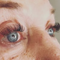 Eyelash extensions Fort Saskatchewan