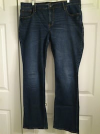 Women's Old Navy Jeans size 16 West Springfield