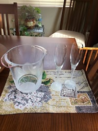 24% crystal Ice Bucket  and matching Champagne Flutes